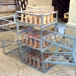 an arrangement of bobbin frames